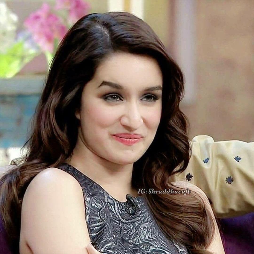 cute expression of shraddha kapoor ❤   shraddha kapoor