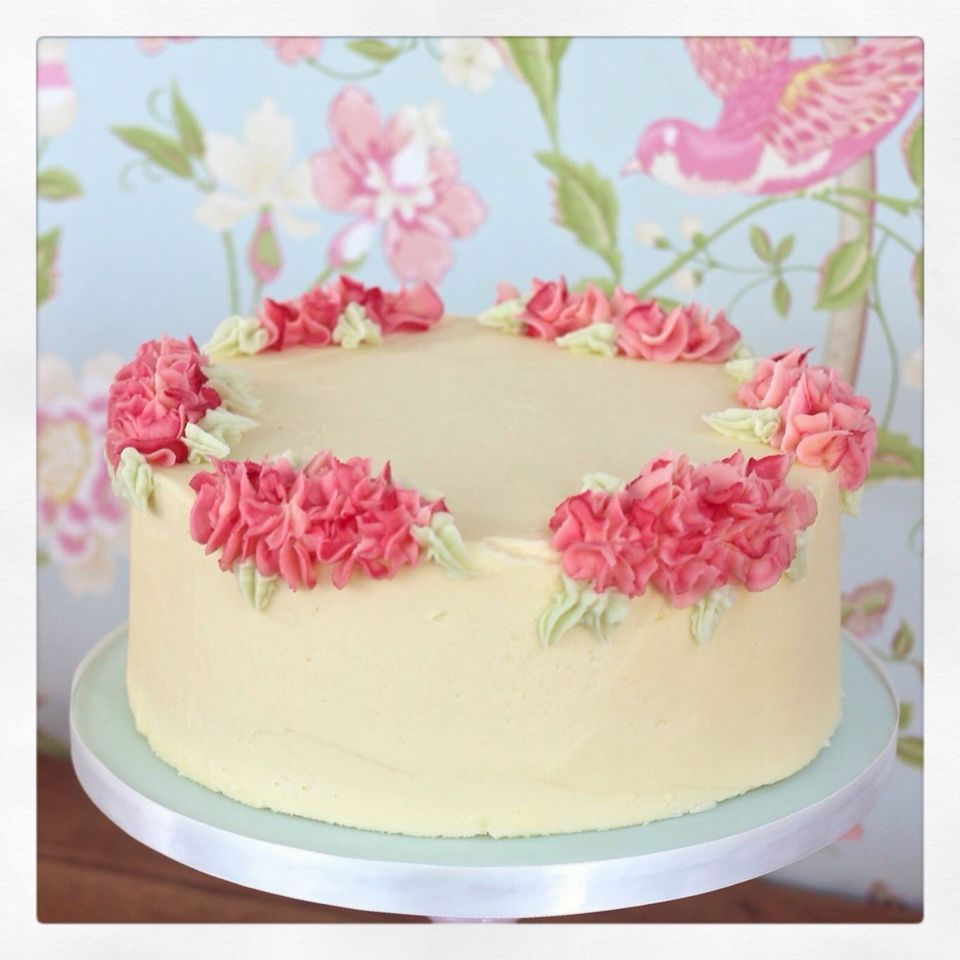 Pretty buttercream cake with piped flowers by The Little Cupcakery ...