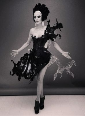 270e7a47a2 Water-dress shooting with Nick Knight and Daphne Guinness