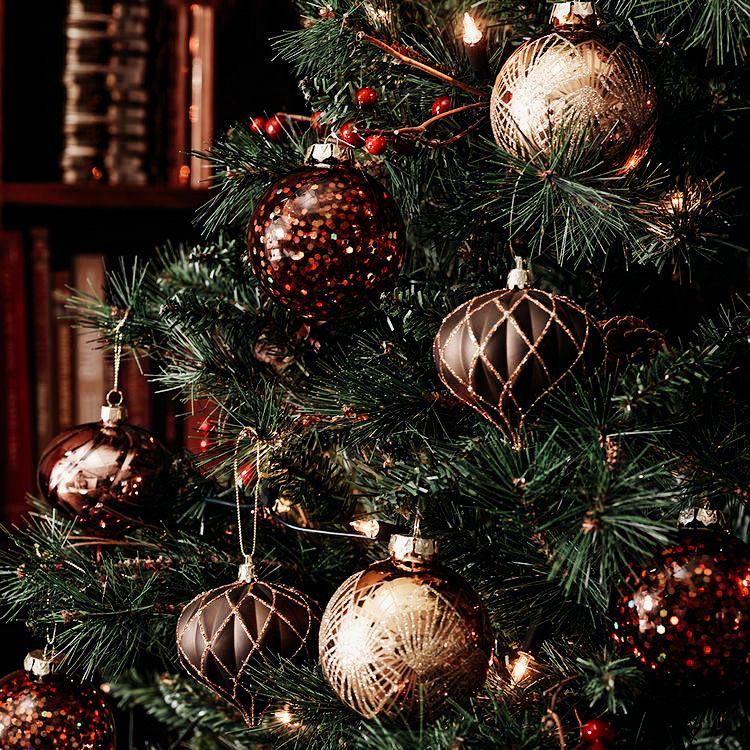 Merry Christmas / Lightroom Preset for Mobile & De