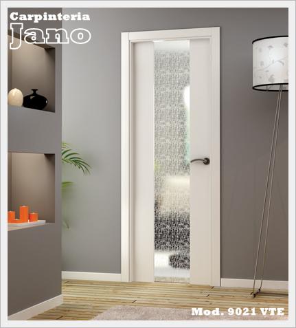 Puerta lacada en blanco máxima calidad, Mod. 9021 VTE con cristal templado y laminado Mod. Tela.
