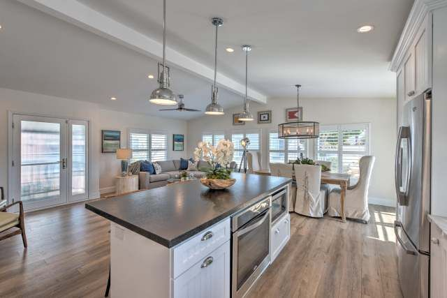 Great 1988 Skyline Double Wide   Complete Remodel   Manufactured Home Interior  Design   After Double Wide Kitchen Remodel #HomeDecorModernInteriorDesign