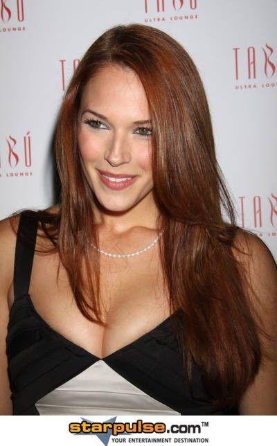 Brownish Red Or Reddish Brown Amanda Righetti Red Hair Color
