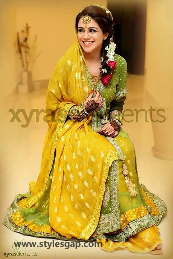 Mayun Bridals Makeup Looks Dresses Designs 2020-2021 ...