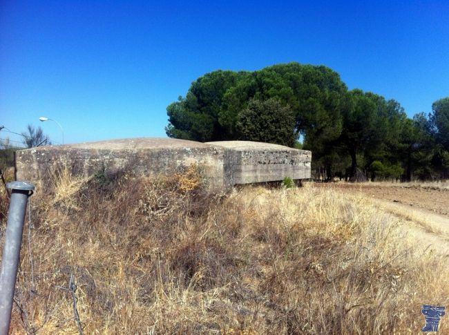 bunkers cerro de los gamos (1).jpg