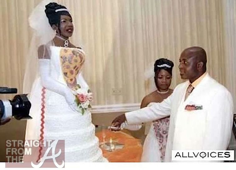 Look At These Funny Ghetto Wedding Pictures Nowaygirl Funny Wedding Pictures Wedding Jokes Unusual Wedding Cakes