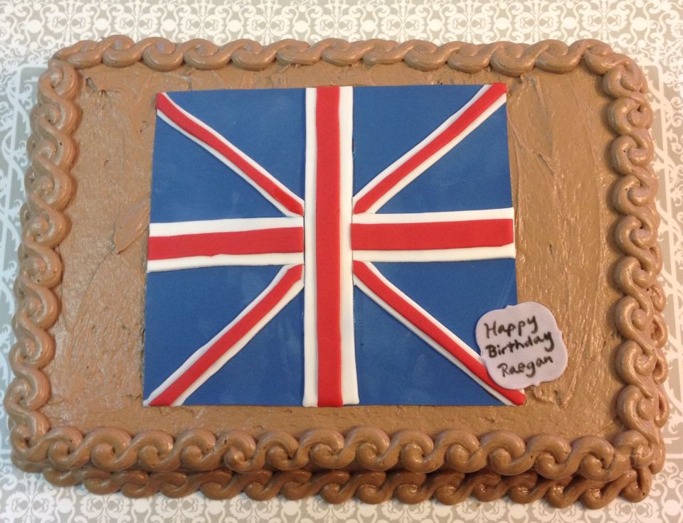 Union Jack cake! #southernsundropscakery #southernsassandflair #birthdaycake #keepcalmandeatcake