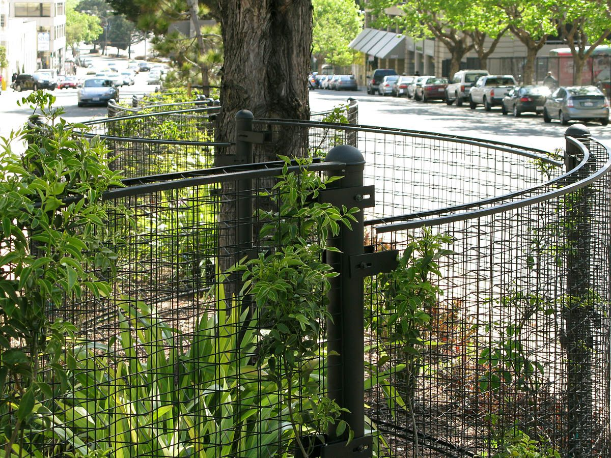 freeestanding, crimp to curve fence, Geary St., San Francisco, CA ...