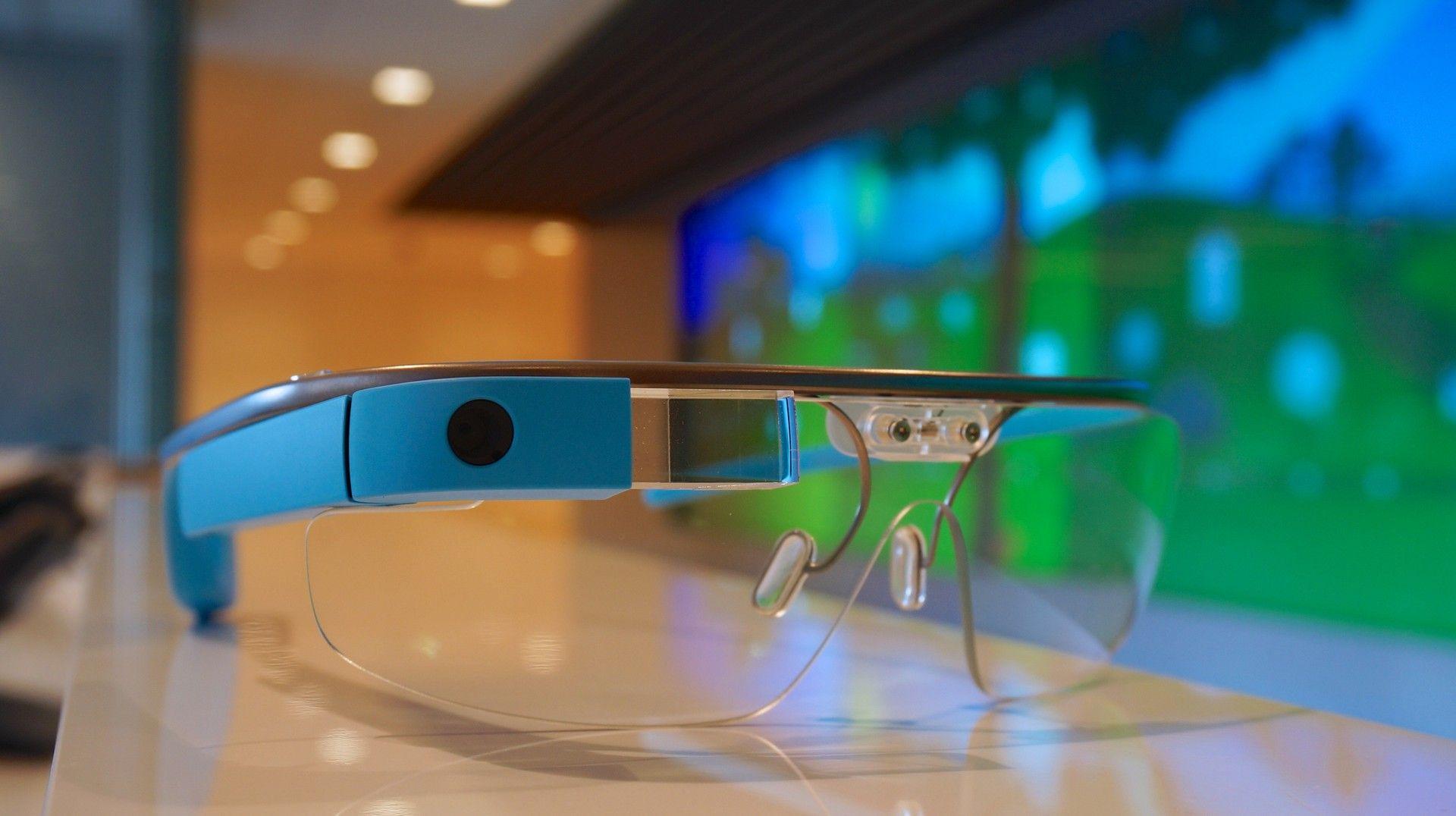 Cinco apps realmente úteis para Google Glass: http://glo.bo/1jcRBkJ