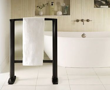 Fresh Free Standing towel Rack