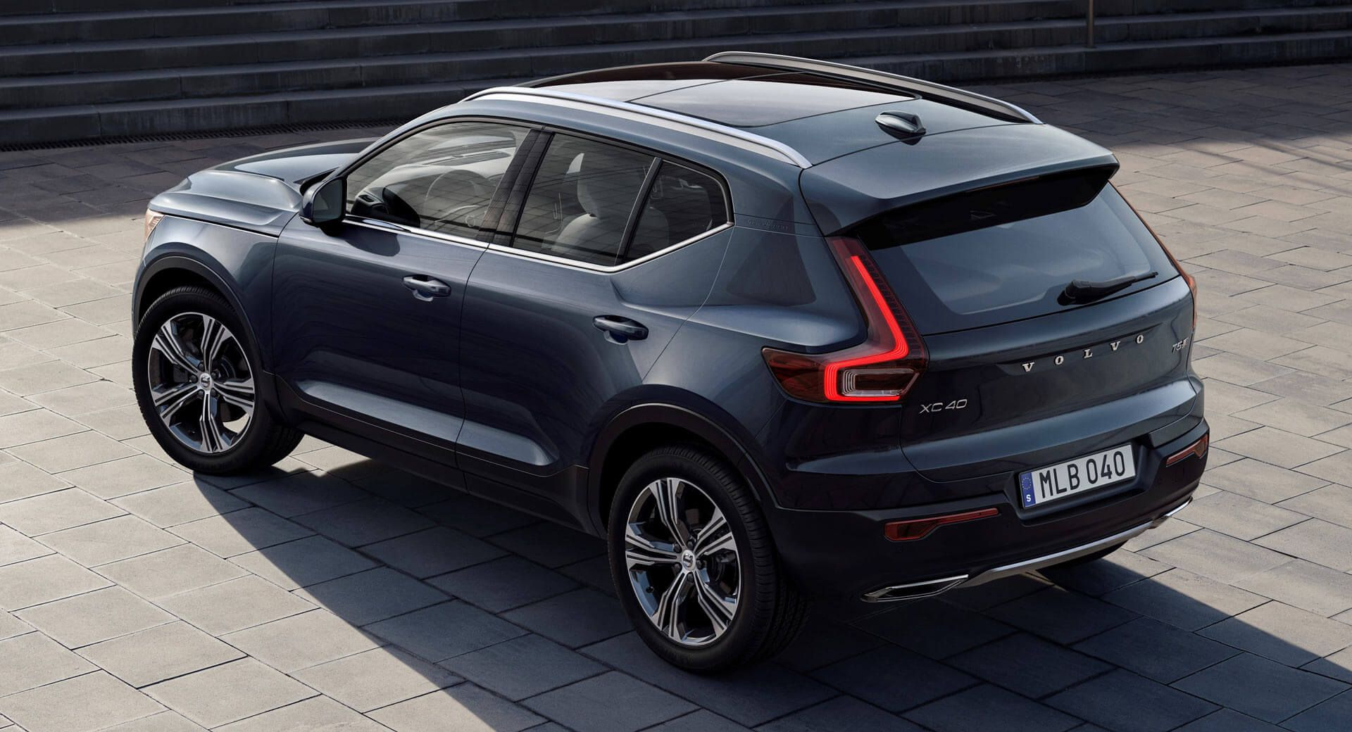 2019 Volvo XC40 Inscription Is All Luxed Up For America