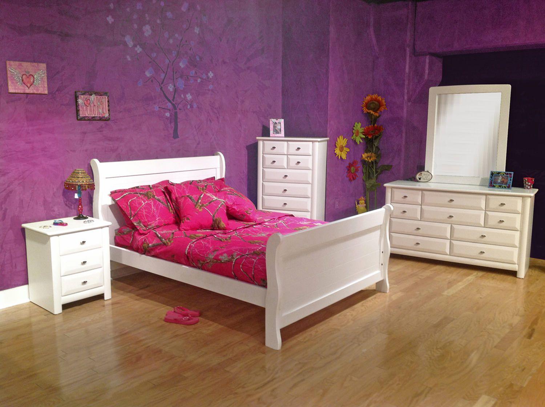 Laguna White Twin Sleigh Bed HOM Furniture 249.99 in