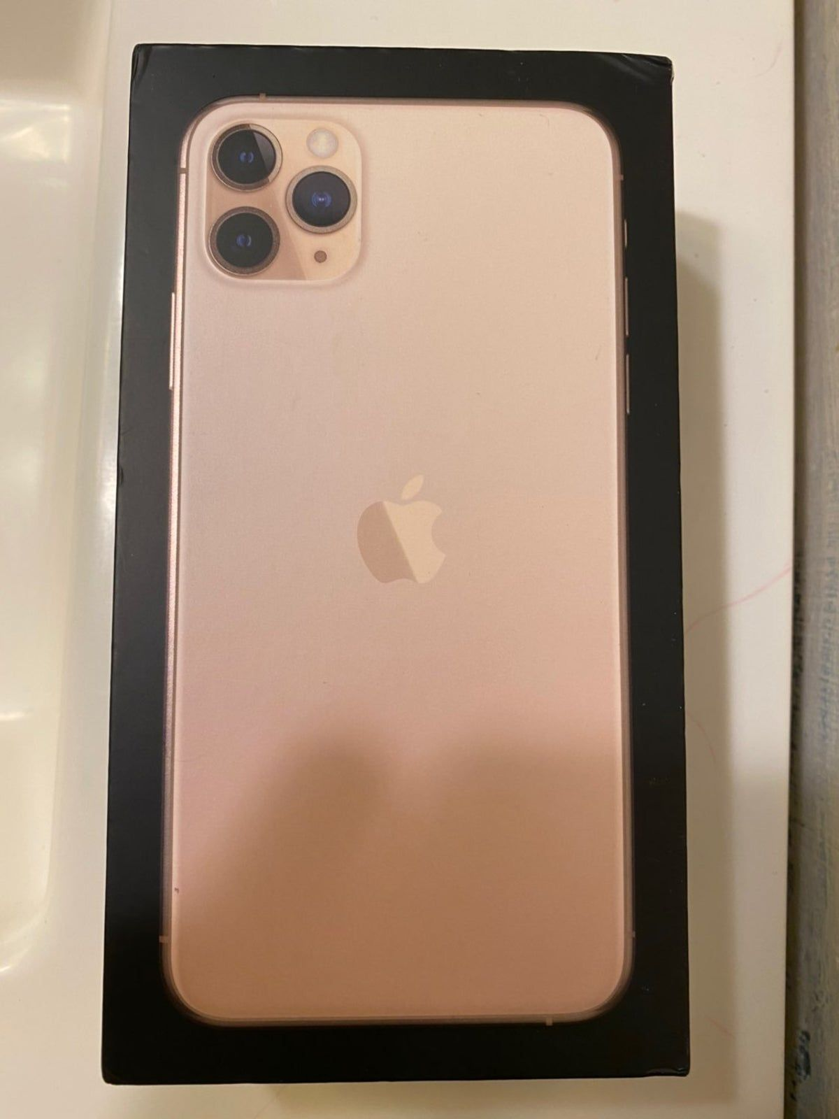 Iphone 11 Pro Max Gold Empty Box Iphone 11 Pro Max Gold Iphone Iphone 11