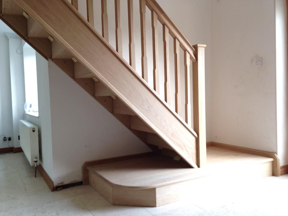 Oak Contemporary Square Stairs With Bottom Landing Area