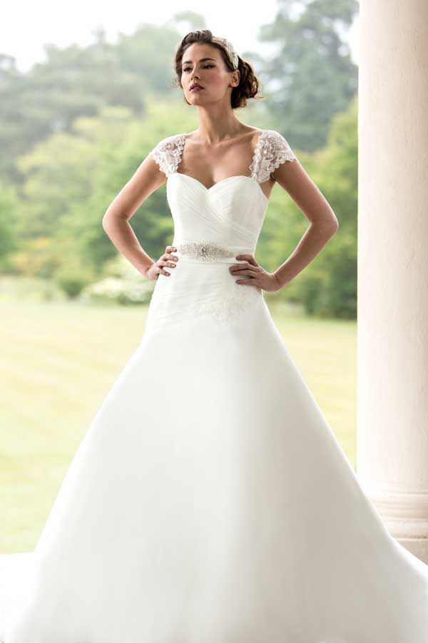 Flattering and charming bride dresses for special day bride cute bride dresses junglespirit Gallery