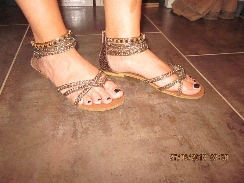 buffalo sandalen
