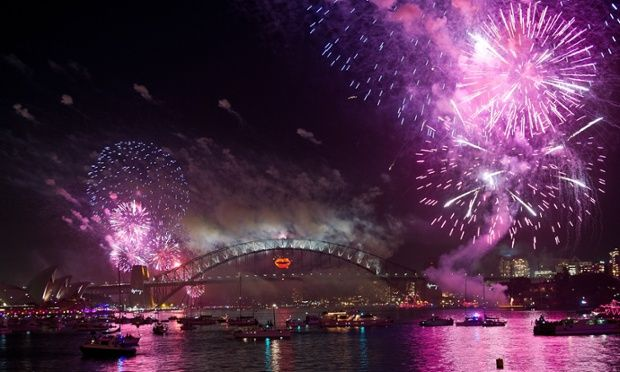 New Year S Eve Countdown To 2013 New Years Eve Fireworks New Year Fireworks New Years Eve