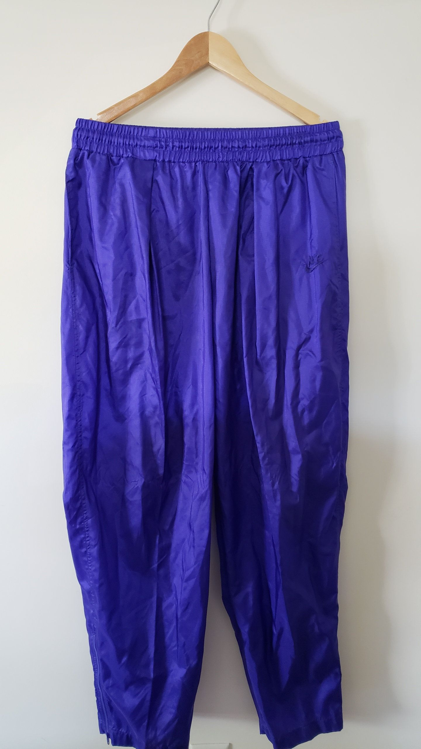 abe04133684 Vintage 90 s Nike Black Label Purple Nylon Track Wind Jogging Pants - Size  Large Summer Spring Fall Unisex Trendy Fashion Hype by RackRaidersVtg on  Etsy