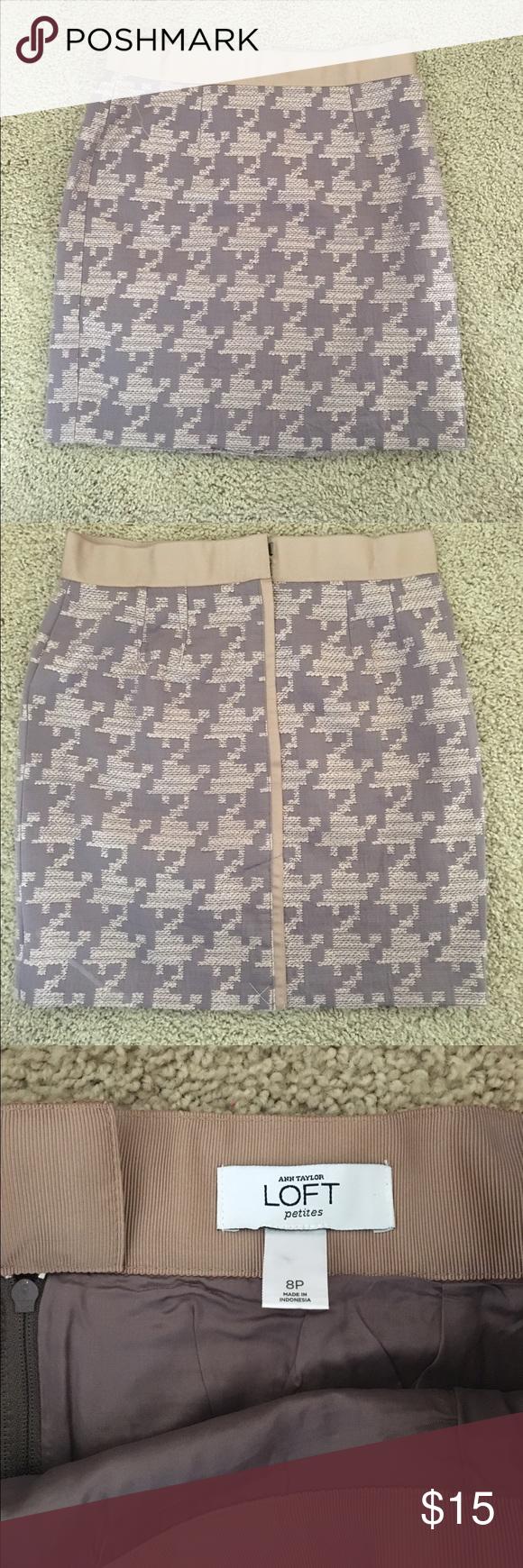 Loft skirt! Worn once! Cute loft skirt - great for work or casual setting! LOFT Skirts Midi