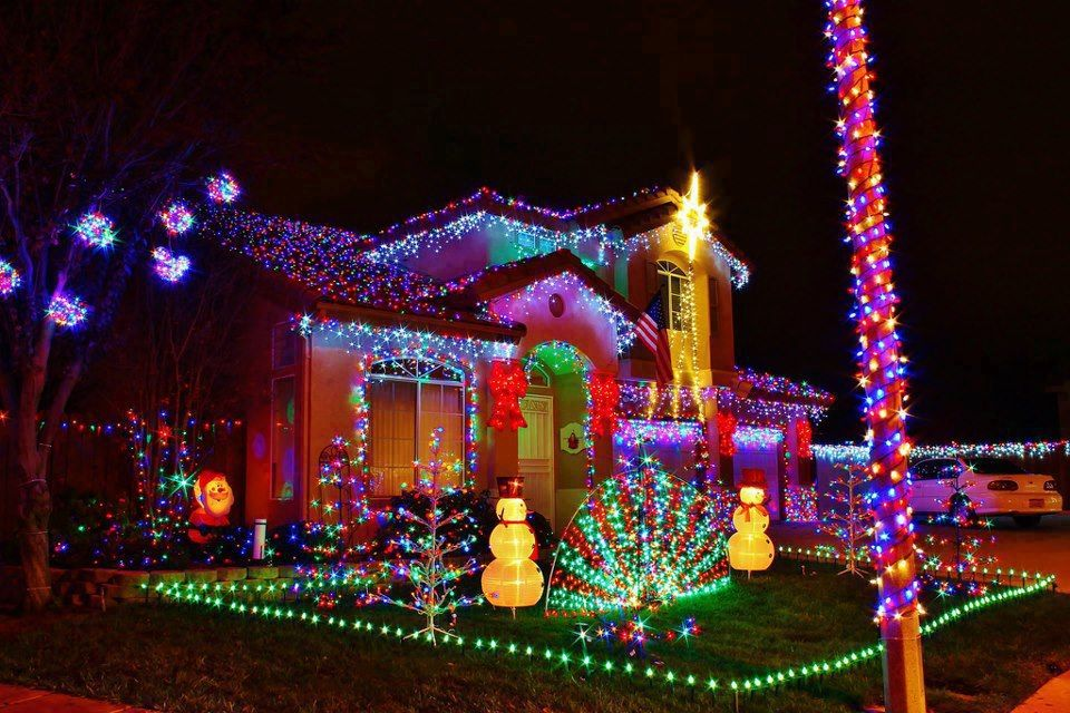 Maybe next Christmas  or the one after etc Looks Like Fun - christmas decorations for outside