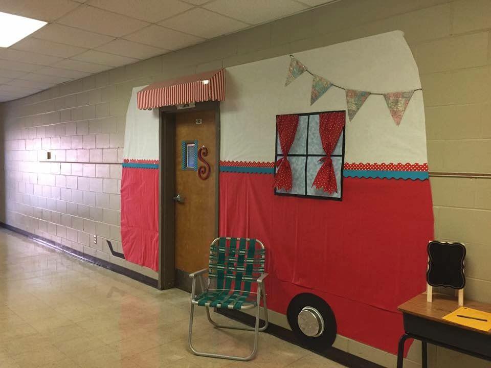 Camper Classroom Door Omg So Cute Classroom School