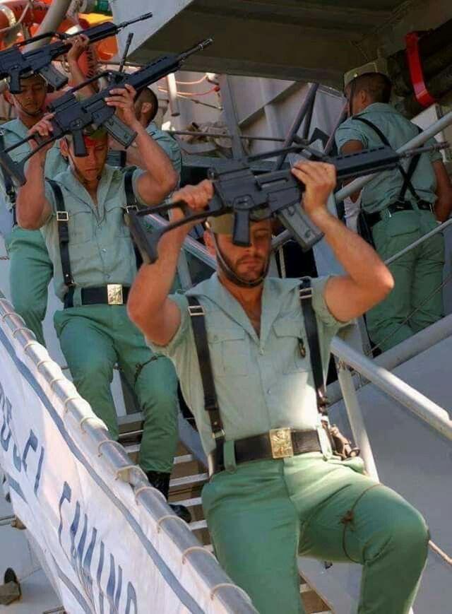 Pin De S En Middle East War Spain Hombres En Uniforme La Legion Española Militar