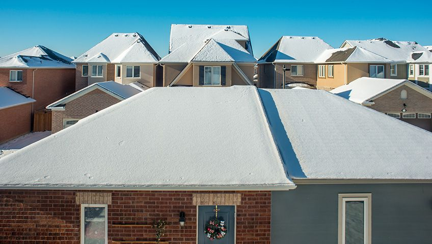 The Need For A Roof Repair Can Come At Any Time Every Season Creates Unique Challenges For Any Roofing System And Homeowner In 2020 Roof Repair Roof Problems Roofing
