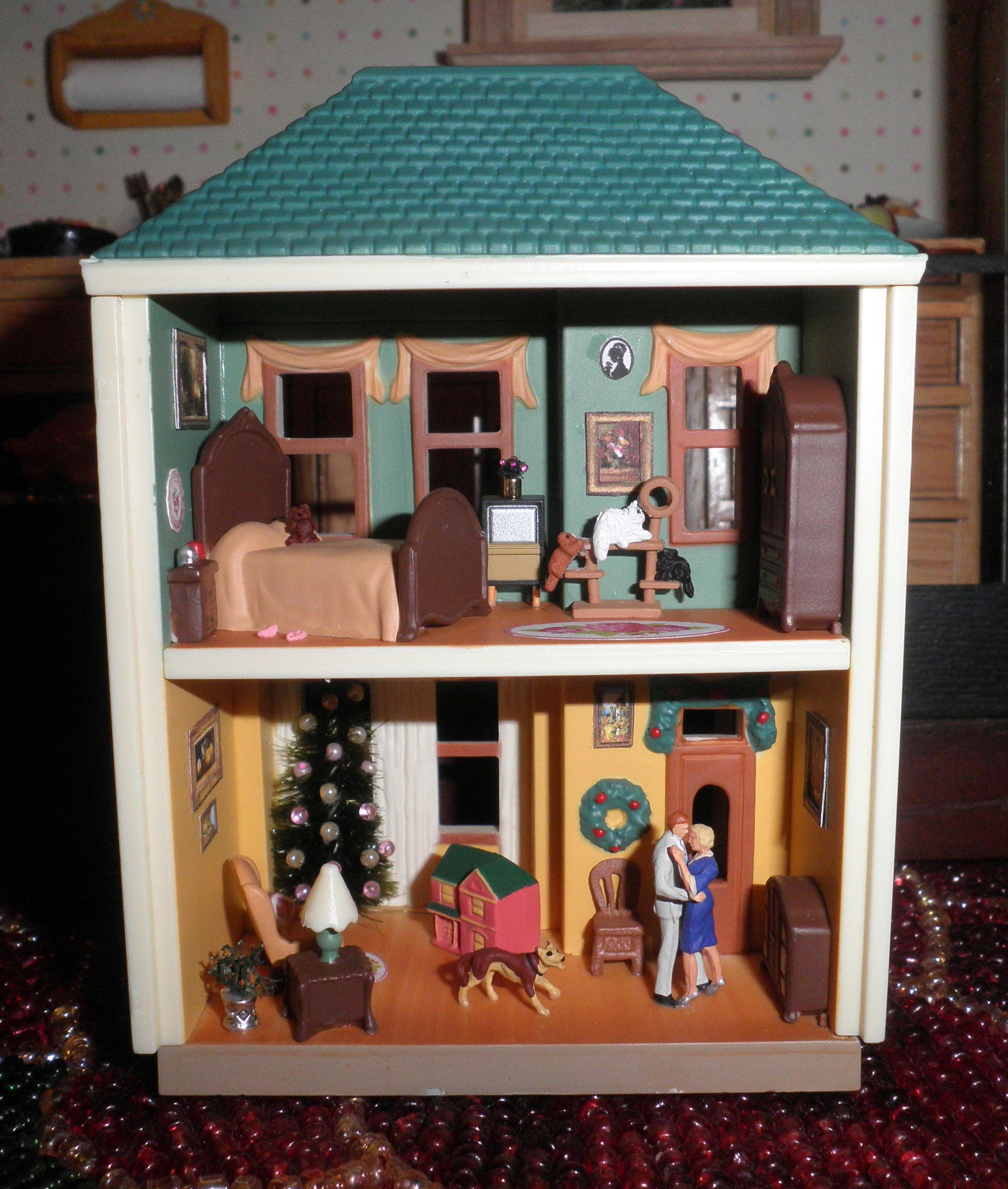 A Hallmark Ornament Upcycled Into A 1144 Scale Dollhouse For