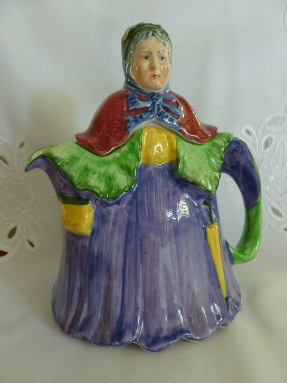 A Kitchen With Vintage Character: Vintage Character Teapot Old Lady, English Character