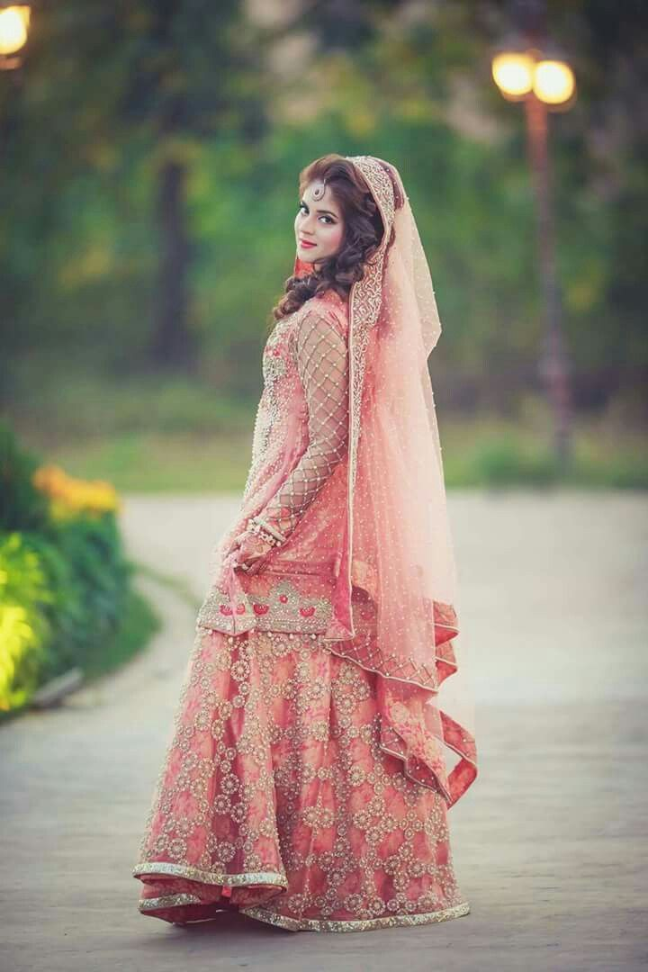 Pin de haniya malik en Bridal fashion   Pinterest