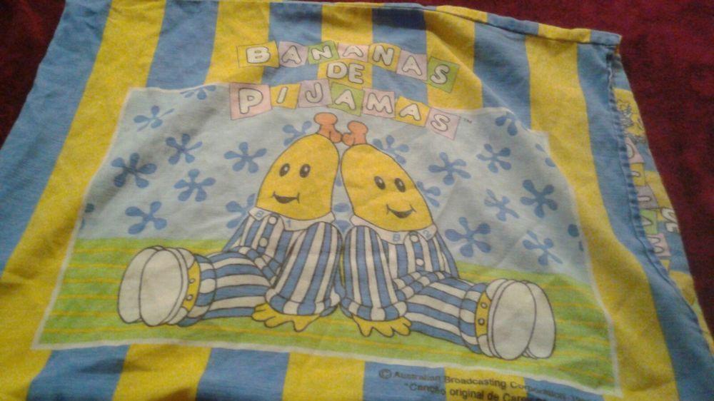 Pillowcase In Spanish Vintage Bananas & Pajamas Pillowcase In Spanish Bananas De Pijamas 1