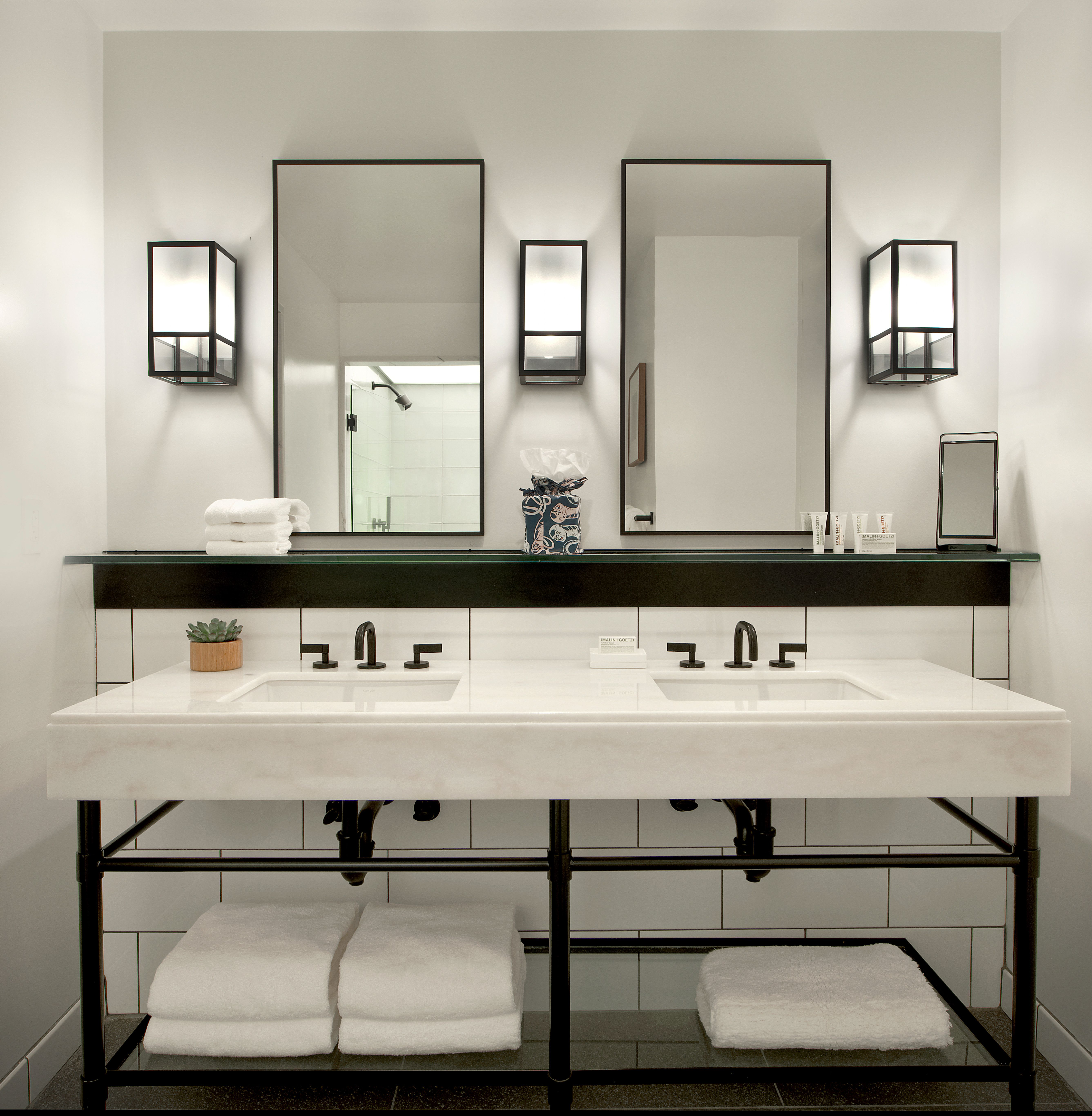 The Radiantwhite Double Vanity In The Suites At C Cincinnati - Bathroom vanities cincinnati