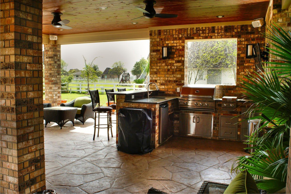 outdoor kitchen with raised bartop covered outdoor kitchens outdoor kitchen covered patio on outdoor kitchen id=13324