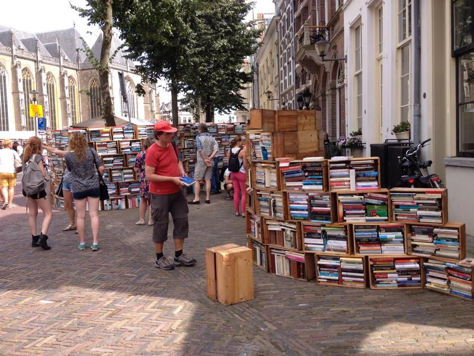 Boekenmarkt Deventer, NL - Foto: Hanja Bach-Veijer