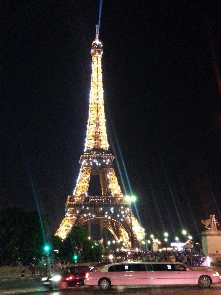 Cenar en el ultimo piso de la Torre Eiffel