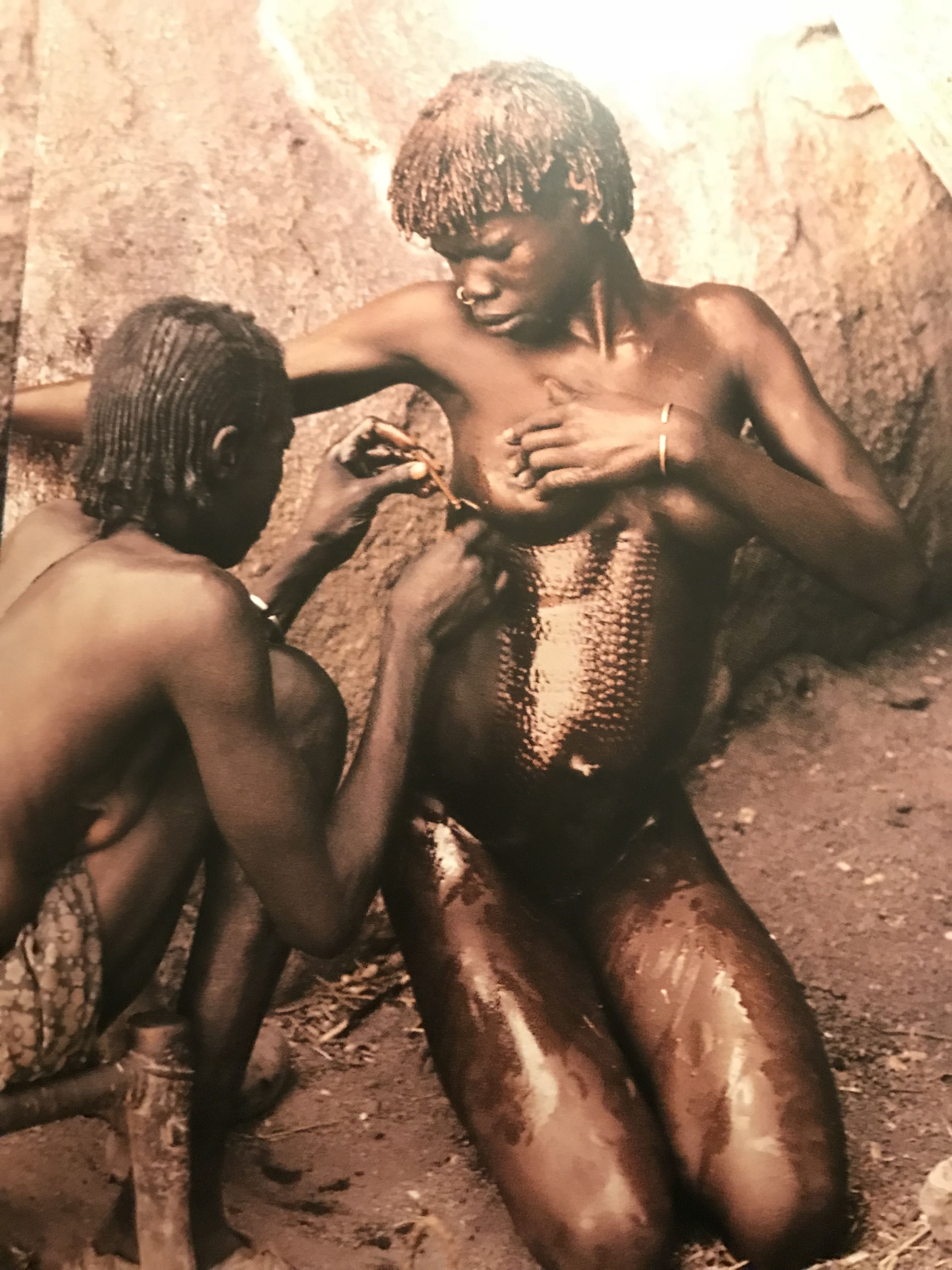 Pin By Jonathan Marvyn On Decadence Africa People Leni