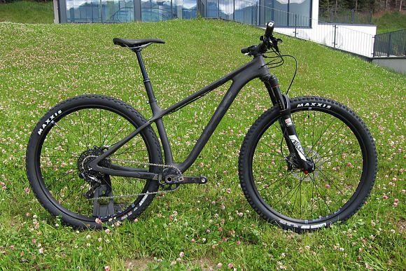 mtb neuheiten 2017 hier gibt 39 s alle neuen mountainbikes. Black Bedroom Furniture Sets. Home Design Ideas