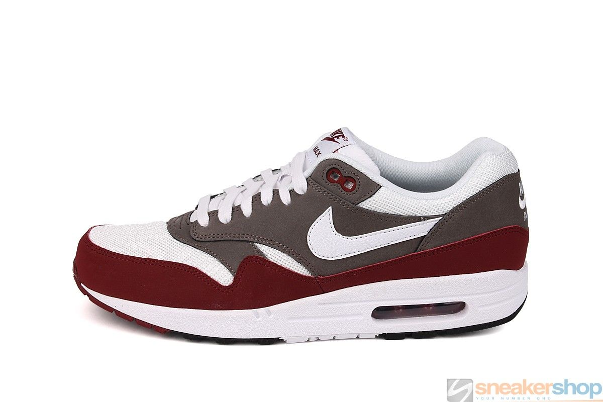 Nike Air Max 1 shoes red white brown