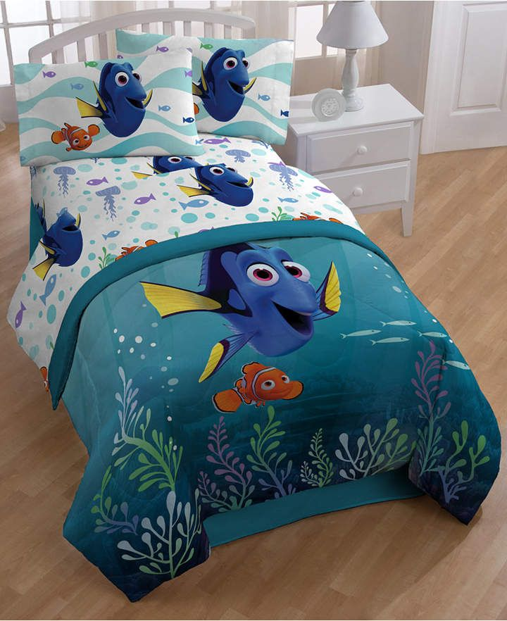 Disney S Finding Dory Sun Rays Full 7 Piece Comforter Set