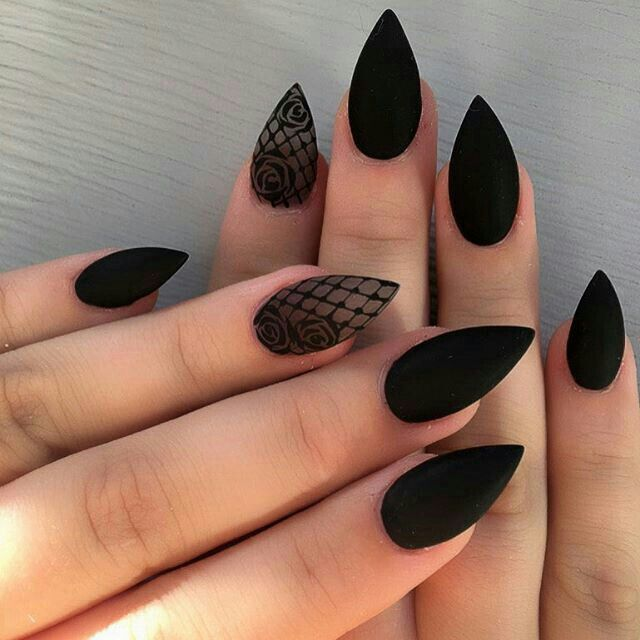 Pin by Karen Jacome on Makeup nails hairstyles   Pinterest   Goth ...