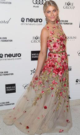 Julianne Hough in Naeem Khan Spring 2015