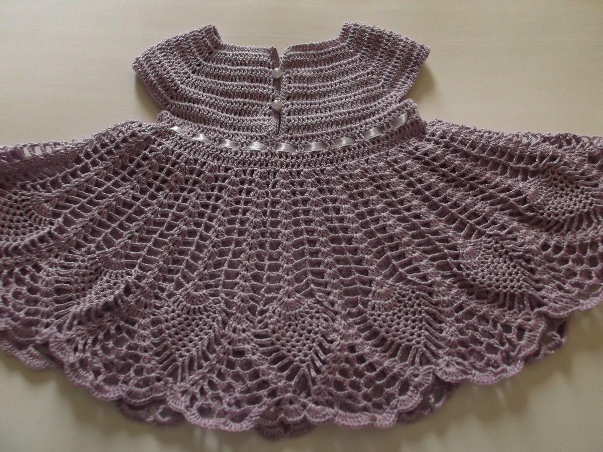 9df90723f Disponível para o tamanho de 3 a 6 meses - Tamanho M do mercado. Vestido de  crochê para bebê ...