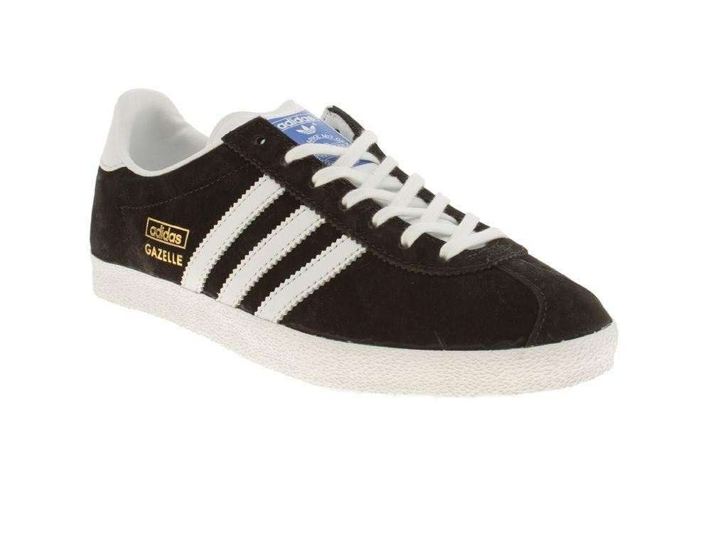 90 Zapatos: tienda la tendencia en Schuh Adidas Gazelle, monocromo y