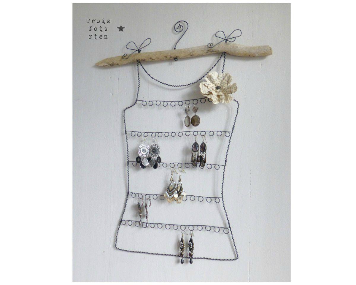 Porte boucles d 39 oreilles en fil de fer porte boucle d Porte boucle d oreille maison