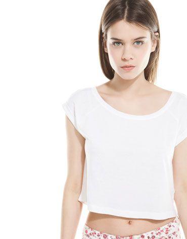 #Camiseta @bershka 5.99€ #moda #verano #whitesummer #tendencia #estilo