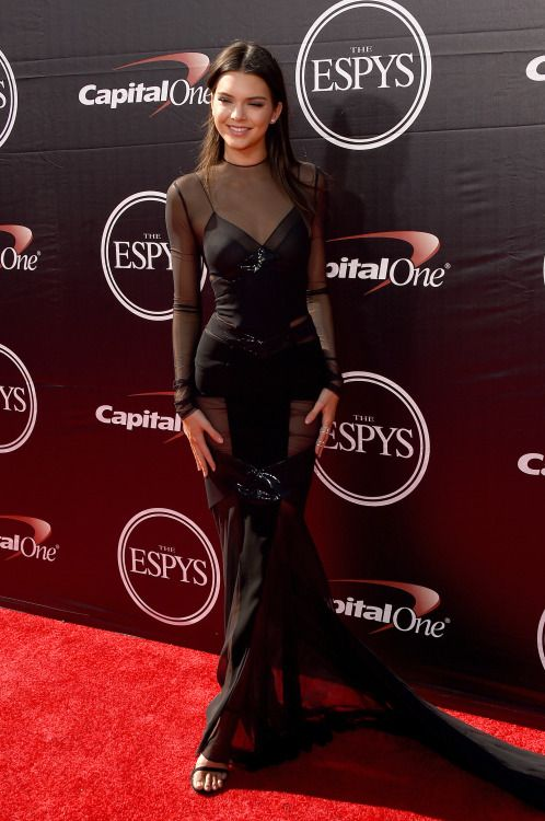 f01a2d9d71b Kendall and Kylie Jenner support Caitlyn Jenner on ESPY red carpet