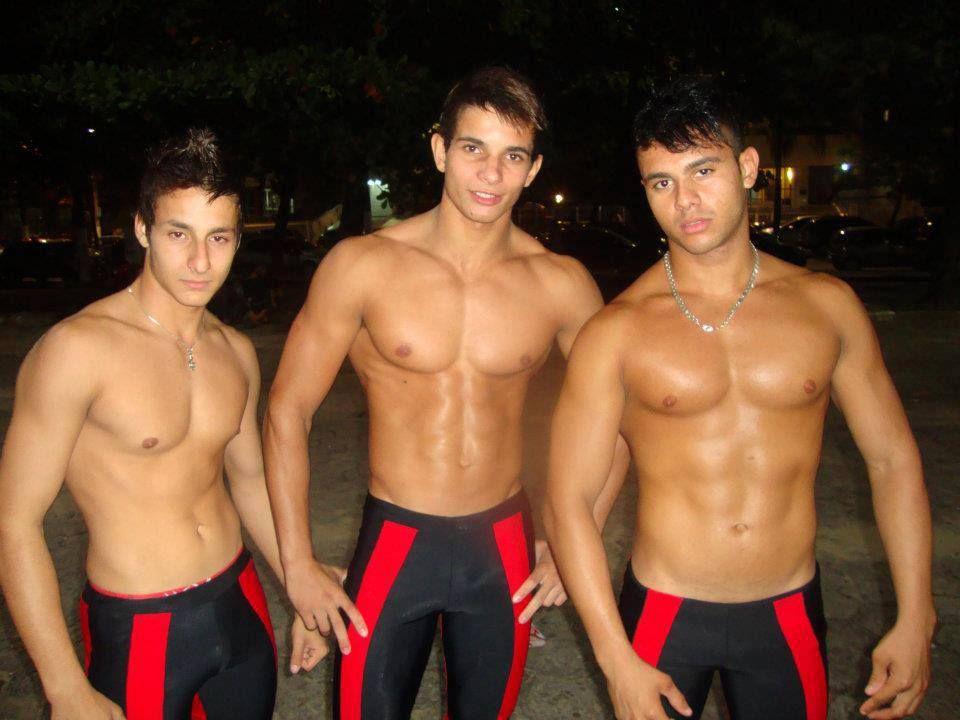 Gay Slave Master H   Guys rocking their tights & meggings