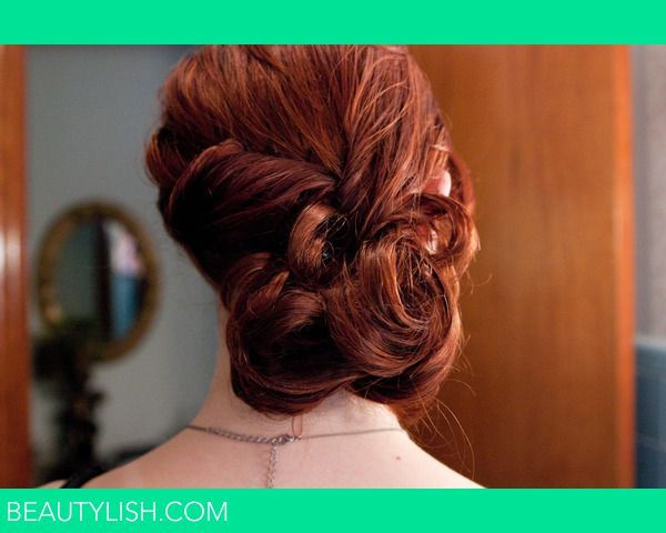 Not crazy about the style, but like the twist for a low side bun- Wedding Hair | Gwendolyn H.'s Photo | Beautylish #lowsidebuns Not crazy about the style, but like the twist for a low side bun- Wedding Hair | Gwendolyn H.'s Photo | Beautylish #lowsidebuns