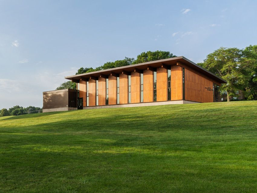 James Hoak Family Golf Complex University Of Iowa Residential Architect Substance Architecture