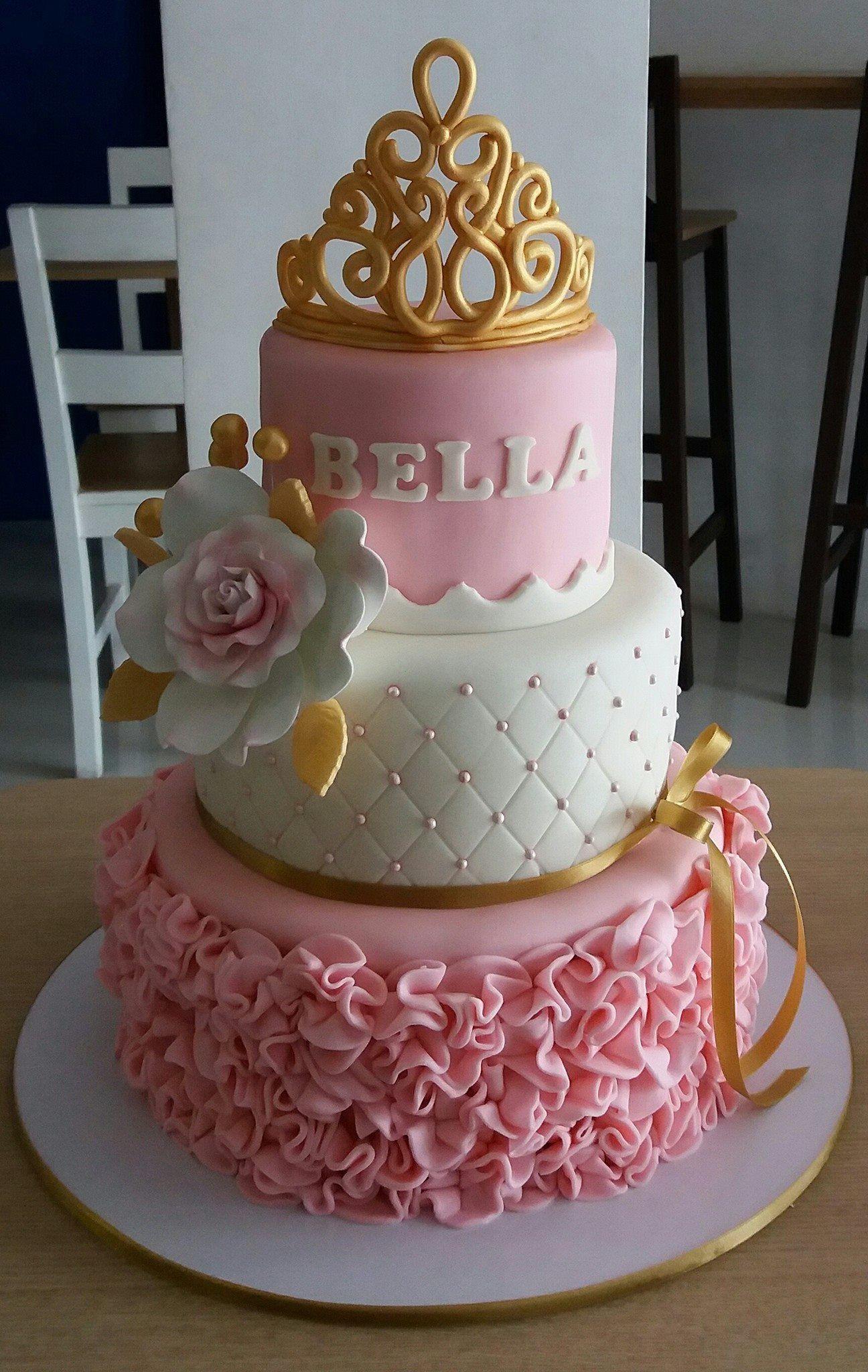Pin By Nilda De Jesus On Design Cake Princess Birthday Cake Birthday Cake Girls 18th Birthday Cake